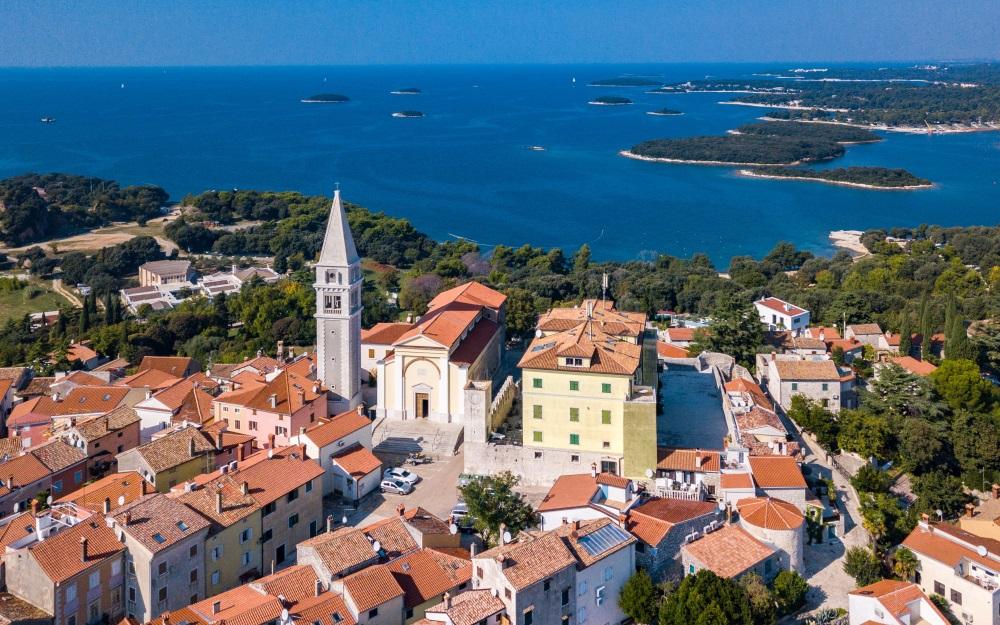 Vrsar / Orsera is een klein stadje in Istrië, Kroatië.
